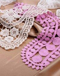lace-collar